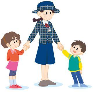 子供と手繋ぎ(冬)